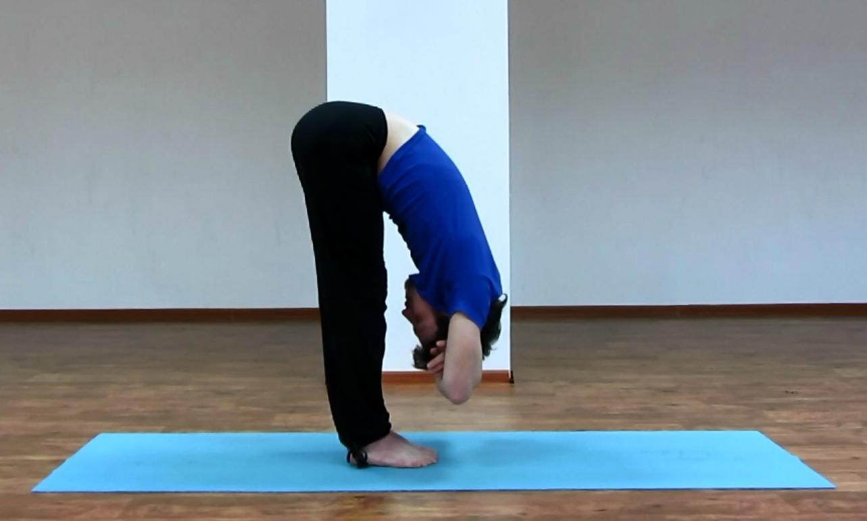 Йога для спины с грыжами позвоночника