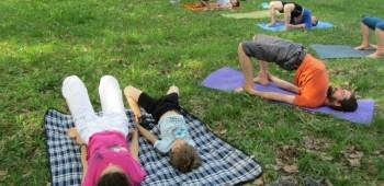 йога на природе фотографии