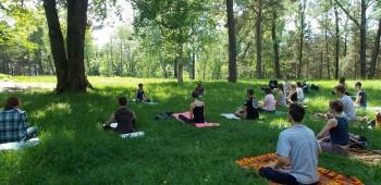 yoga-na-prirode