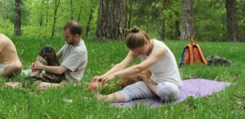 yoga-na-svezhem-vozduhe