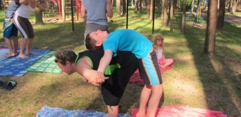 йога с мамами