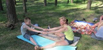 йога с родителями