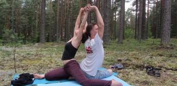 йога в паре фотография