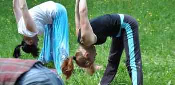 фотография йога для друзей