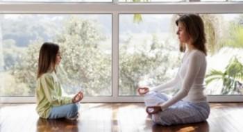 йога мама и дети