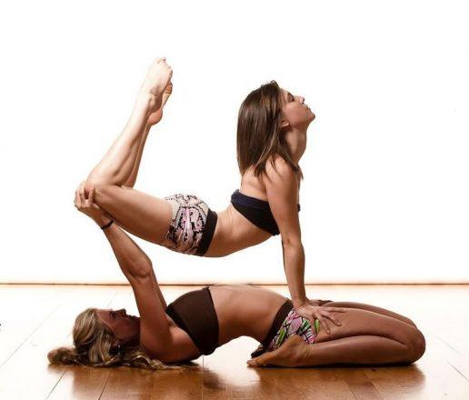 Йога в паре