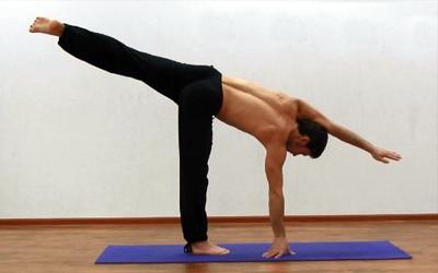 упражнения йоги для суставов ног