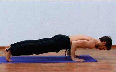 упражнения йоги для мышц тела