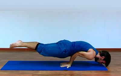упражнения йоги для живота