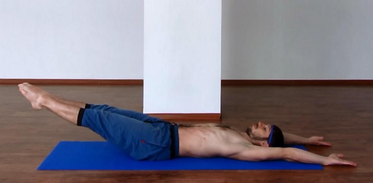 простая йога для позвоночника и суставов видео