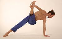 йога с михаилом барановым