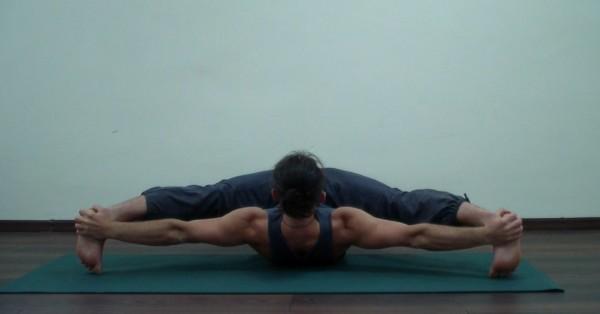 йоганидрасана подготовительные упражнения