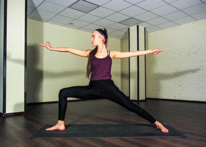 растяжка на поперечный шпагат упражнения